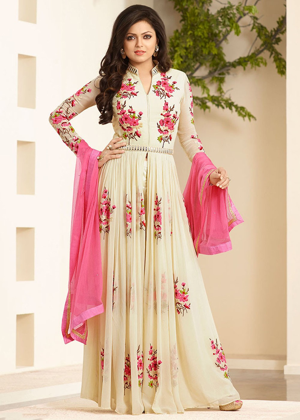 Drashti Dhami Embroidered Party Wear Salwar Suit