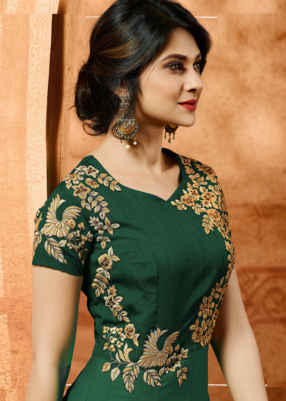 Jennifer Winget Green Georgette Party Wear Embroidered Anarkali Suit