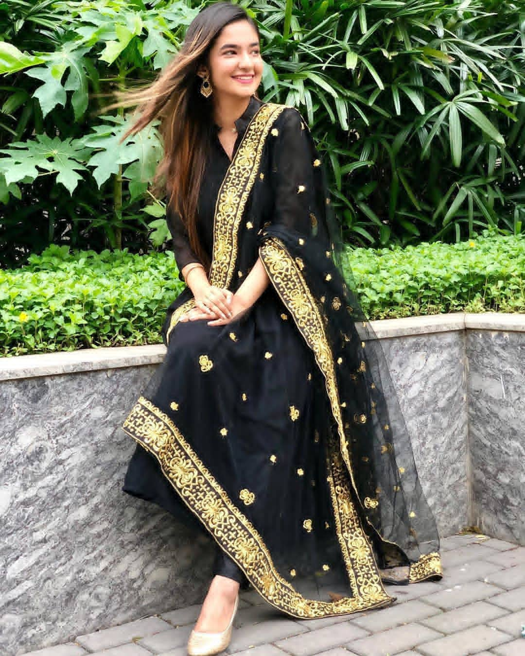 Anushka Sen  Hit Georgette  Party Wear Black Suit