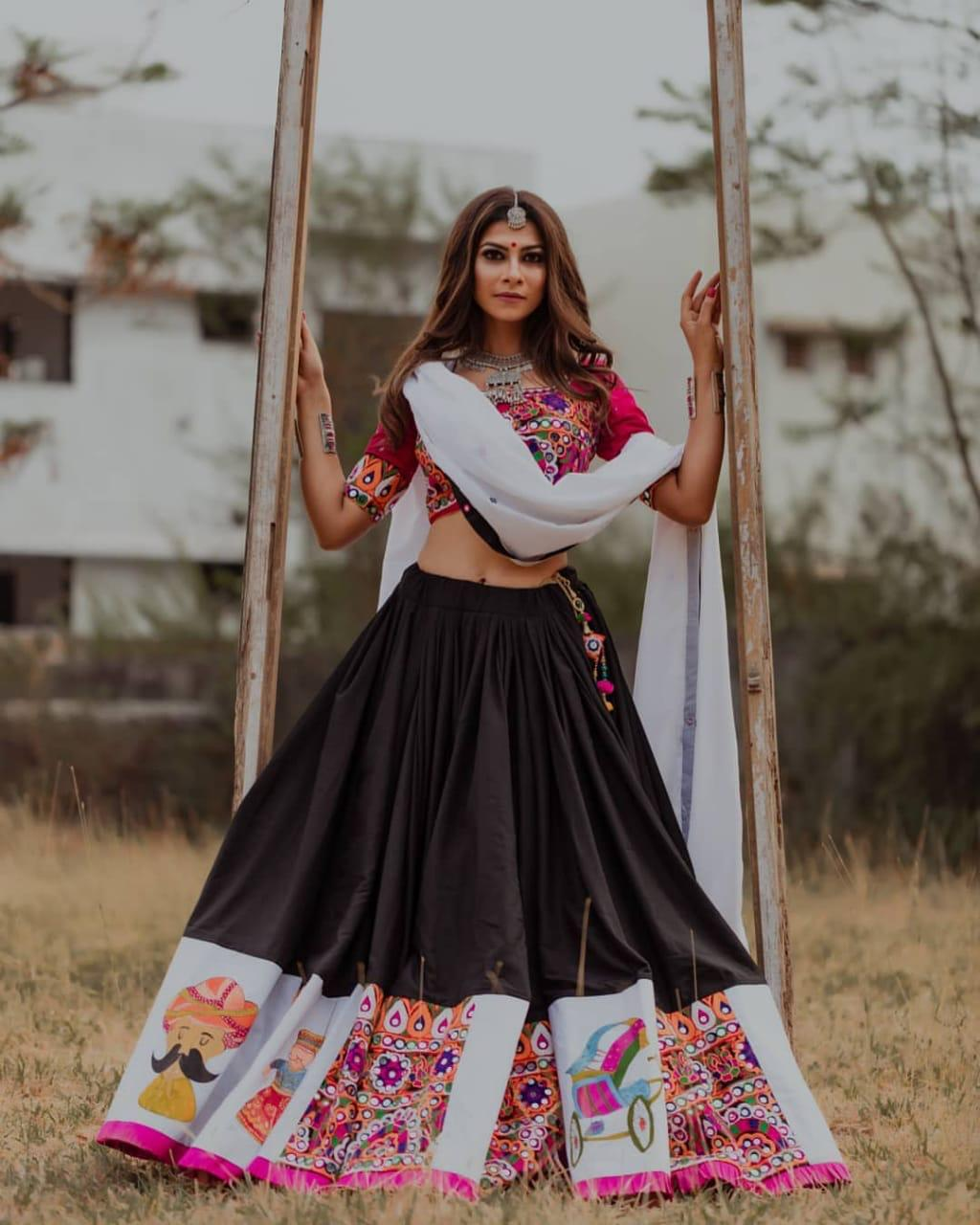 Prominent Red And Black Color Navaratri Special Lahenga Choli