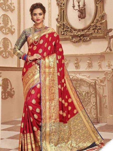 Buy Red Banarasi Silk Saree With Heavy Pallu Online in India - YOYO Fashion